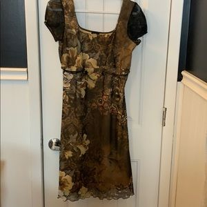 dress with sheer sleaves